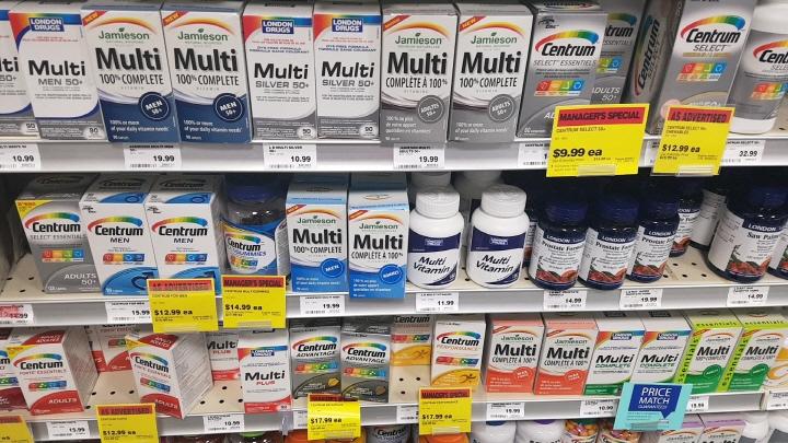 [Sarah's Canada Life] Drug Store
